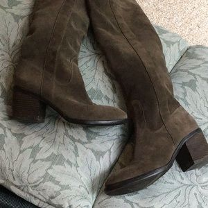 BCBGeneration Shoes - Beautiful over the knee BCBG suede leather boots